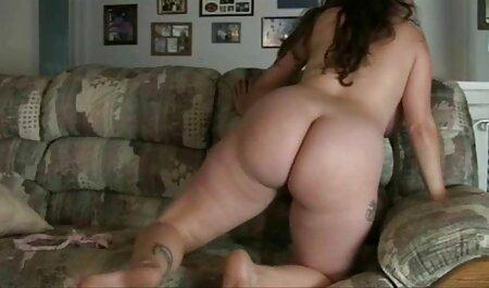 Hottie in Latex, Herrin Ava, free porno neu täuscht sich mit ihrem Sklaven auf dem Gestell