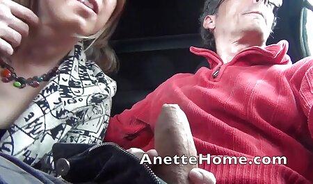 Vollbusige Mutter mit zwei die neusten sexfilme Youngs BVR