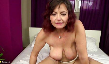 Heiße Brünette free porno neu masturbiert