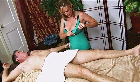 Der süße 90er Pornostar gibt lexy roxx pornos neu einen tollen Blowjob