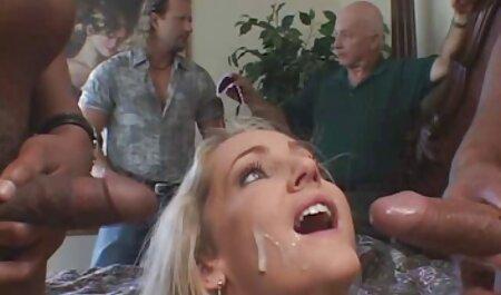 Dünne Amateur-Blondine mit zwei Sexspielzeugen lexy roxx pornos neu