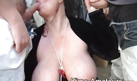 heiße Brünette vor aktuelle porn der Kamera