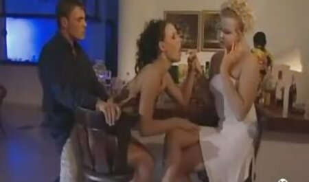 Große russische Burnette mit einem sehr neu porno hd heißen Körper Badezimmer Fick