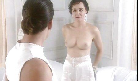 Sara Stone bei ihrer ersten Dildomasturbation die neusten deutschen pornos