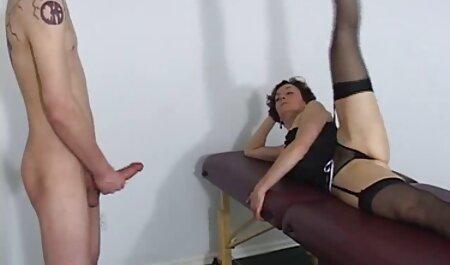 Mädchen spritzt wie ein aktuelle porn Brunnen :)