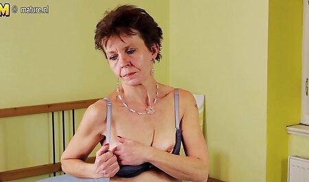 Geile neue pornovideos Babe lutscht und reitet Hahn MMS